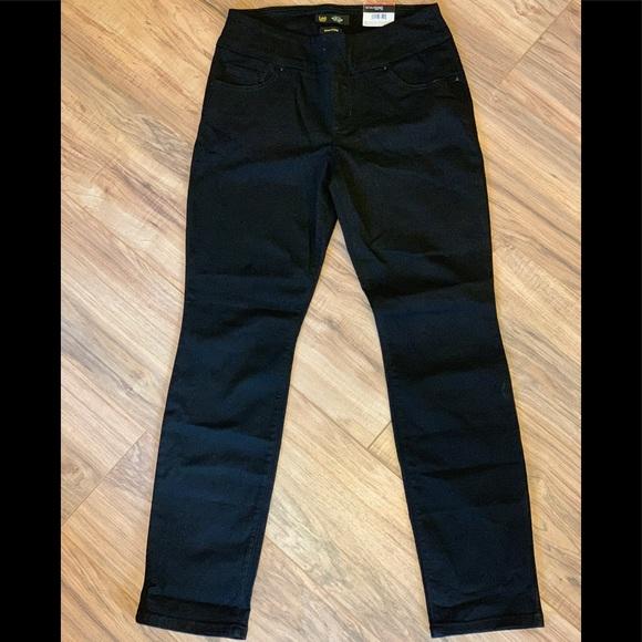 Lee Denim - LEE Petite Sculpting Fit Slim Leg Pull On Jean